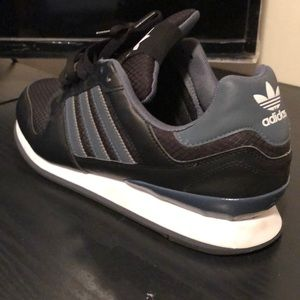 DRK GREY/BLK/WHT ORIGINAL Adidas WITH EXTRA LACES